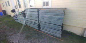 65+ pieces 2ft x 4ft 2 inch blue foam Insulation