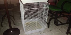 2 cages d oiseaux a vendre 80$ pour les 2