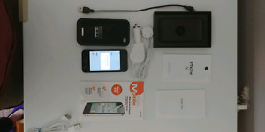 Iphone 3G with Mophie Powerpack