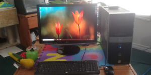 HP QuadCore Computer with 22 Inch LED Monitor