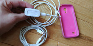 Samsung S4 mini accessories - charging cables & pink case