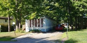 Mobile Home 3 bdrm, 1055 Teena Colleen Priv,  avail. immediately