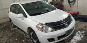 2012 Nissan versa 1.8 $3300 e-test included UBER NO TAX