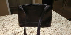 GIUDI GENUINE ITALIAN BLACK LEATHER HANDBAG