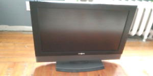 "32"" Insignia flat screen LCD television"