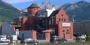 700ft2 - clean dry heated commercial basement (Fernie)