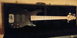 G&L M2500 Tribute 5 string bass