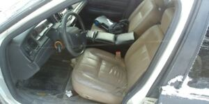 Crown Victoria Beige Leather Seats