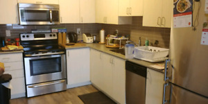 Room for rent in a new 3 bedroom townhouse