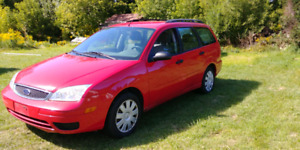 2005 Ford focus FWD - GREAT DEAL