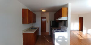 Available Feb 1 Spacious 2 Bdrm Apt Upper West Side