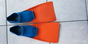 Long Floating Fin for Swimming