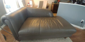 100% Leather Chaise Lounge
