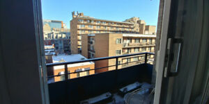 Spacious 4 1/2 apartment minutes from Guy-Concordia metro