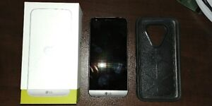 LG G5 mint condition with Otter Box case $400
