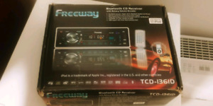 """"""" Freeway """" Car Radio Bluetooth Cd Receiver for 80$ (Never Used)"""
