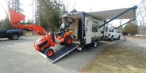2018 SALEM 180RT FRONT QUEEN 2BIKES TOY HAULER-PWR AWNING-3081LB