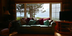 Sauble Beach Cottage for Rent-Lakeview! Booking for 2020