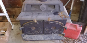 Large Wood stove/fireplace