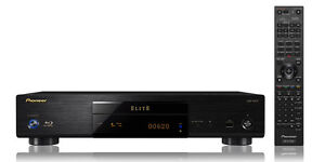 Elite Blu-ray 3D™ Disc Player with Dual HDMI Output, Stream