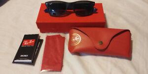 Ray-Ban New Wayfarer Bicolor Sunglasses RB2132 618371 52-18