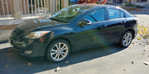2010 Mazda 3 GT, winter rims and tires included
