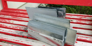 4 bundles of Roofing step flashing