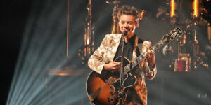 2 Harry Styles Tickets for tonight in Toronto!