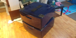 2 maytag/whirlpool laundry pedestals