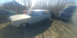 PRICE DROP! 1964 comet wagon and parts car