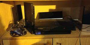 Playstation 2 x3 console 2xslim- 1x big 15aizne de jeux