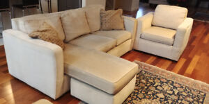 Contemporary Design Chaise Lounge Sofa + 2 matching Chairs