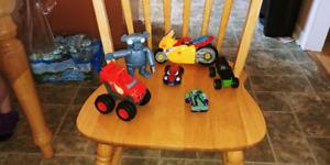 Petites autos et tonka et véhicule divers