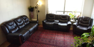 3-Piece Reclining Leather Couch Set - Great Condition.
