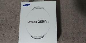 Samsung Gear Circle Bluetooth Headset, White(Brand New in Box)