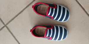 Geox shoes. Size 23T. New condition ( too small for us)