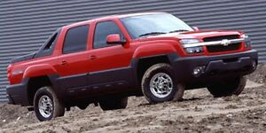 JUST REDUCED!! 2005 Chevrolet Avalanche LS/LT