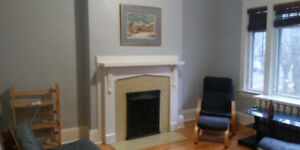 Furnished rooms 2 minute walk to Dal. Non smoking. Quiet.