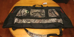 Compound bow case BNIB