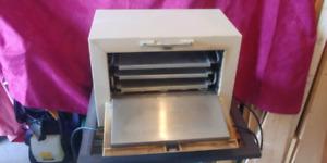 Stérilisateur vintage 125$