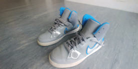 Nike Force trainers size 5