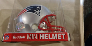 New England Patriots collectors helmut