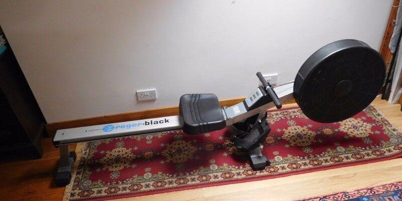 Rowing Machine - Roger Black