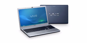 SONY VAIO PCG-3B4L 17inch laptop for Parts SCREEN CRACKED $125