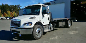 2018 Freightliner Day Cab with NRC Rollback Tow Deck