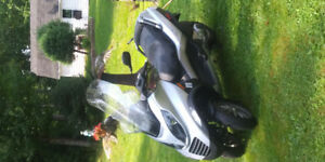 2007 vespa 250cc mp250 ie three wheel scooter