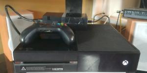 Xbox One 500gb Like New