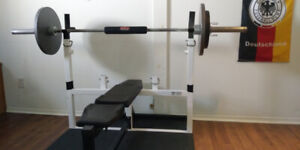 Bench press ajustable inclus poids+ barre olympique + tapis 4x6