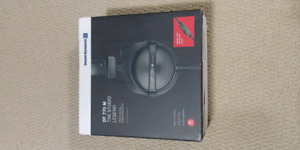 BNIB Beyerdynamic DT 770 M monitoring headphones