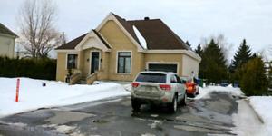 Maison à louer 1300$ ou 1600$ option d'achat